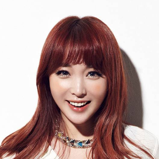 hong jin young plastic surgery photo - 1