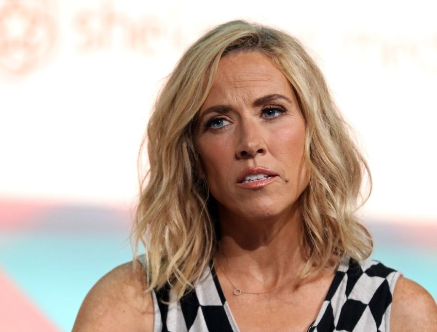 sheryl crow plastic surgery the voice photo - 1
