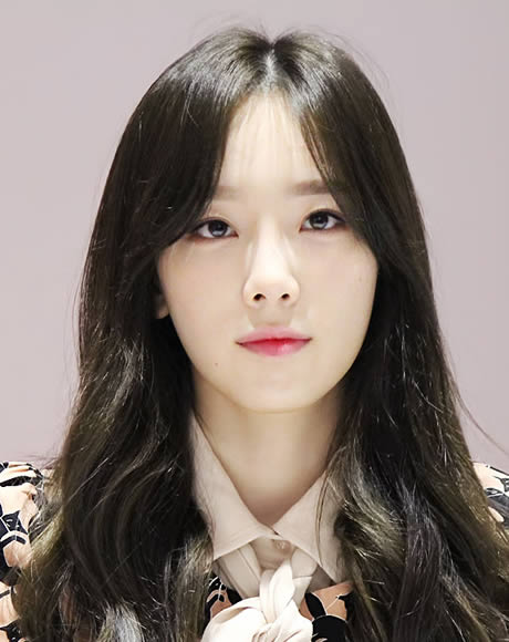 taeyeon plastic surgery photo - 1
