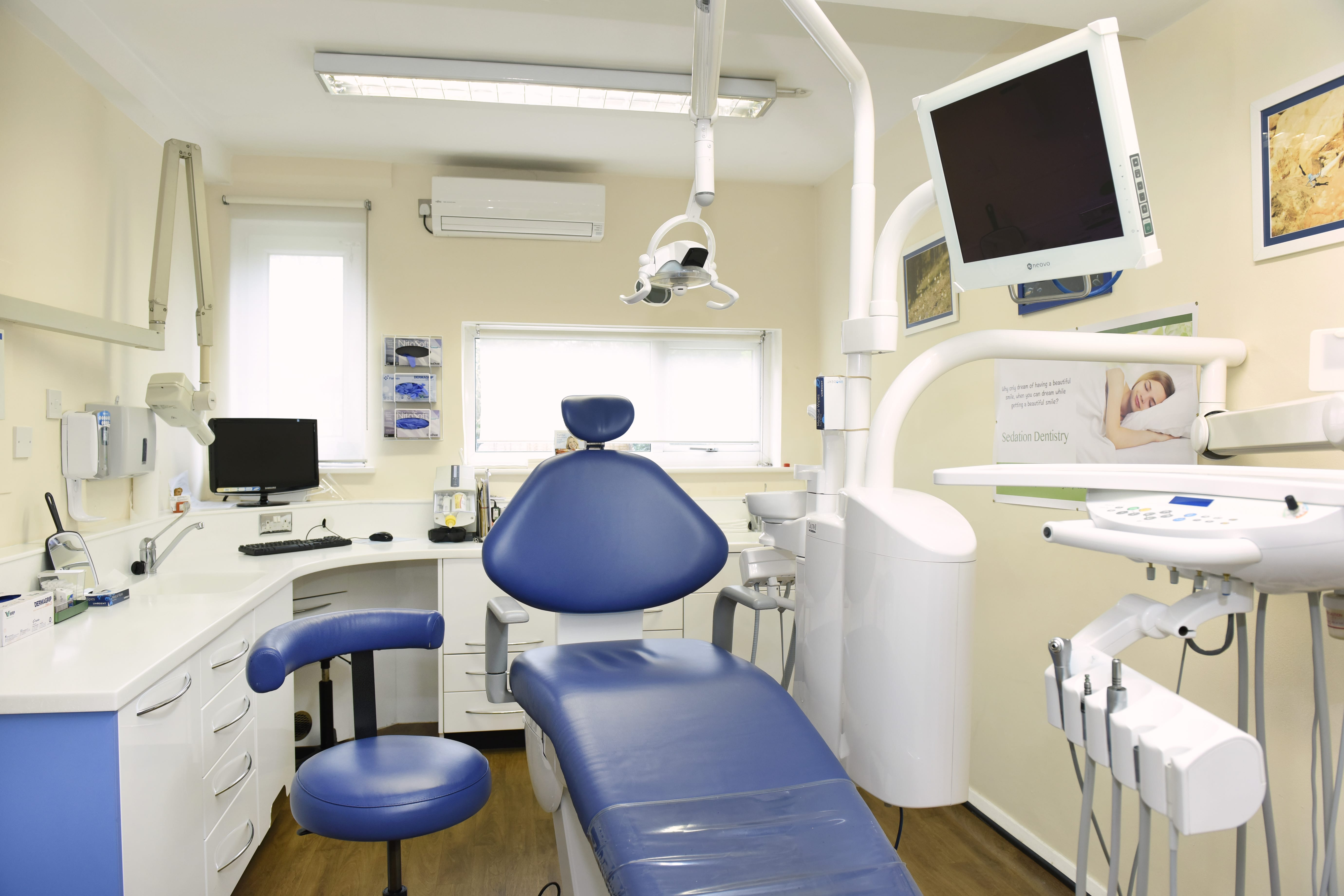 cosmetic surgery center photo - 1